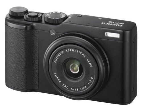 151135-01-FUJI-XF10-FOTOCAMERA-F28-28MM-24-MP-SILVER.jpg